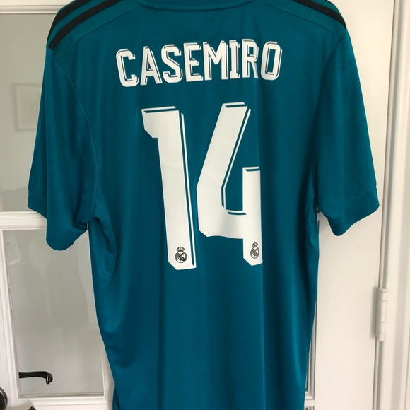 the latest cf9c4 fde04 Real Madrid 3RD Jersey 2017-2018